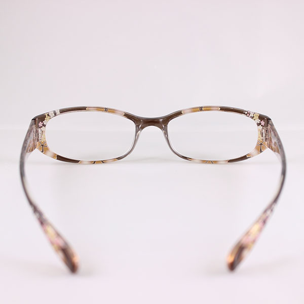 glass_1643_brown